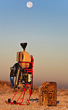 Motorschirm in der Wüste